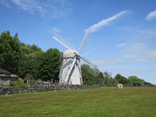 Jamestown Windmill by Rick Payette, via I {heart} Rhody