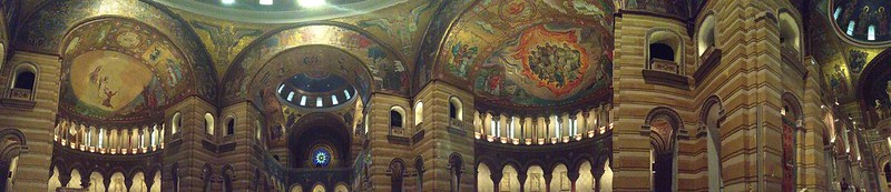 A panoramic view of the interior Cathedral Basilica of Saint Louis
