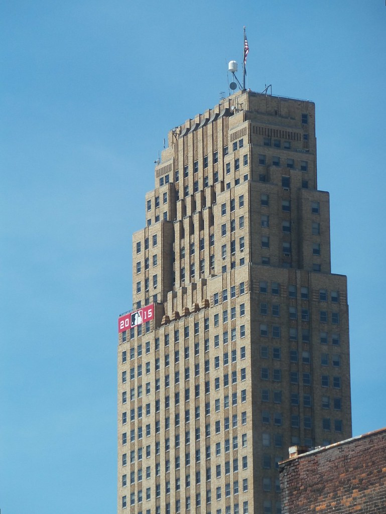 Carew Tower