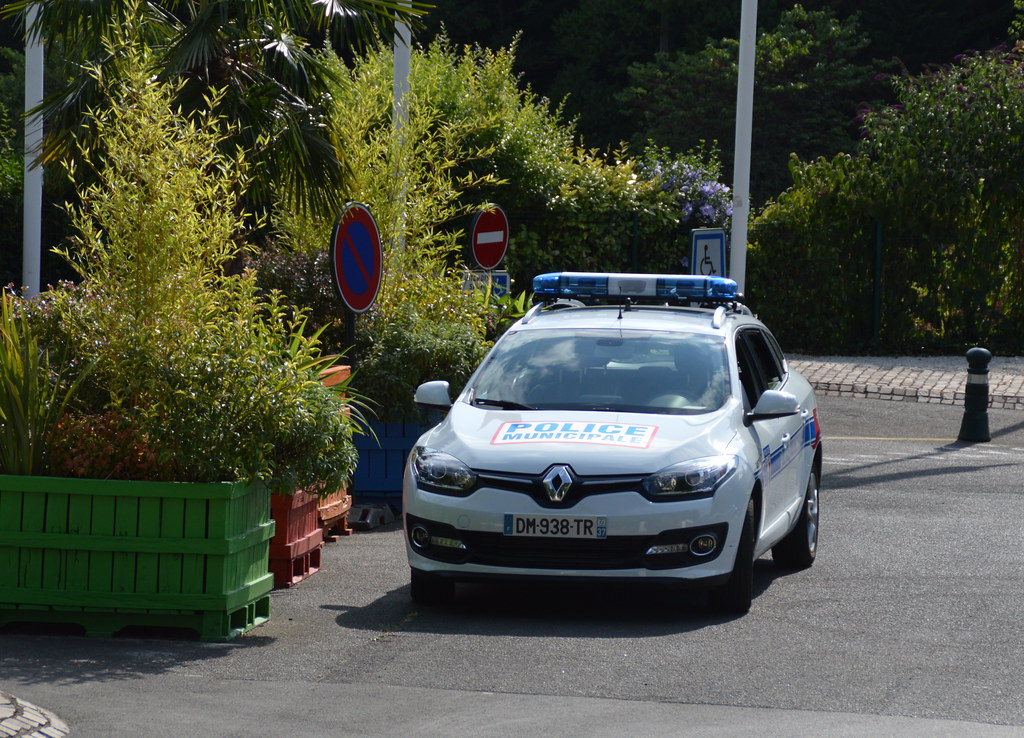 2014 Renault Mgane Iii Estate 15 Dci Police Municipale Flickr
