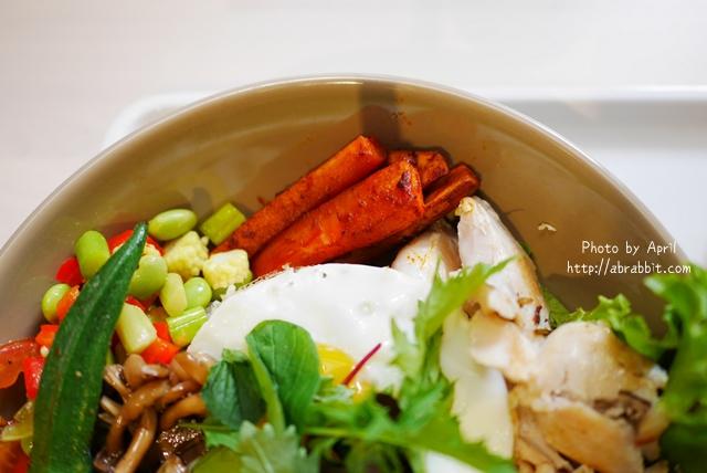 31903884934 e4f18f79f4 o - [台中]BOWL Fast Slow Food--健康少油料理、果昔專賣,清爽健康無負擔!@中興四巷 西區 勤美