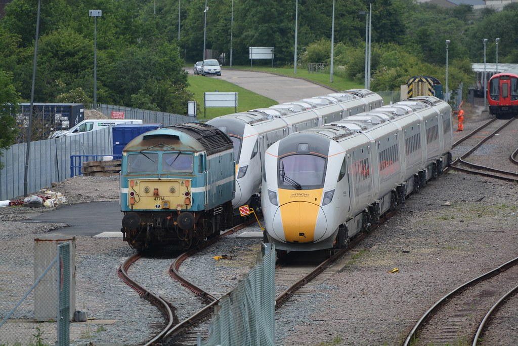 hitachi 800. 800001 anglia railways liveried class 47/7, 47714 \u0026 hitachi iep 800, 800 d
