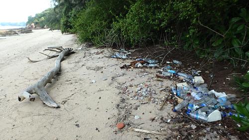Trash on Pulau Tekukor