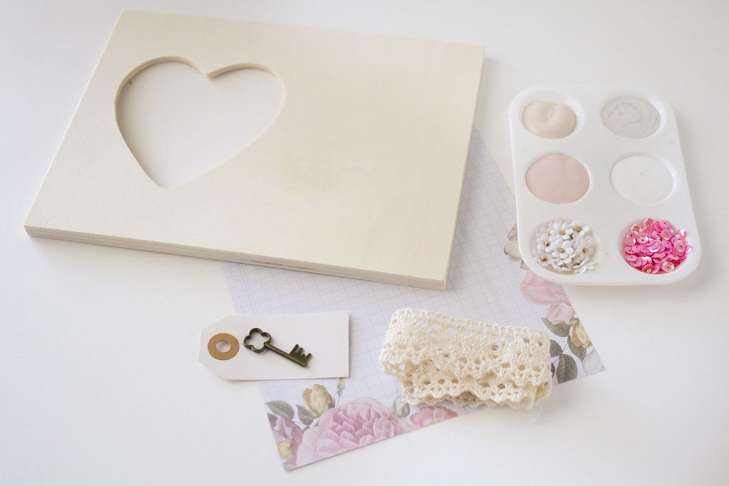 DIY valentine's frame