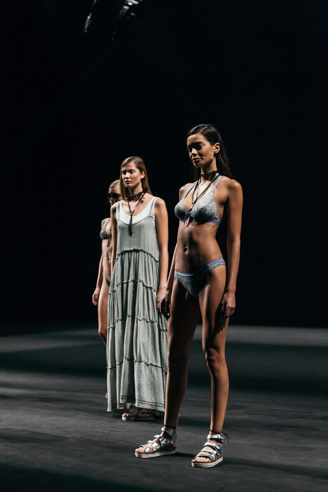 Jessie Chanes - Seams for a desire - 080 Bacelona Fashion #080bcnfasion -40