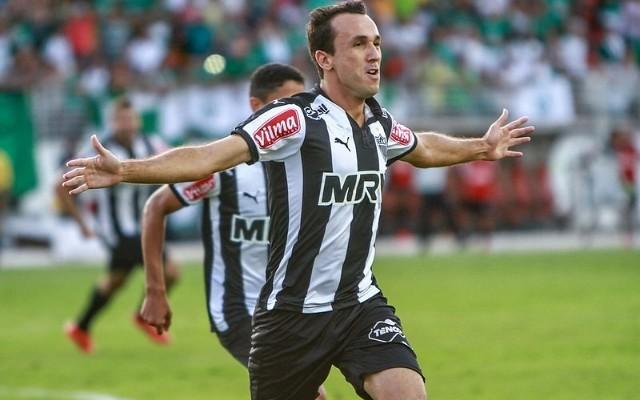 Thiago Ribeiro recebe sondagens de Botafogo e Fluminense