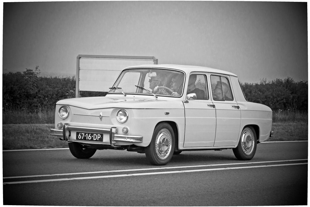 renault 8 r1130 1967 b w 6819 manufacturer renault s a flickr. Black Bedroom Furniture Sets. Home Design Ideas
