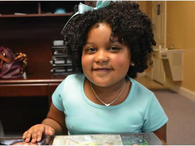 Daliyah Marie Arana - négy évesen folyékonyan olvas