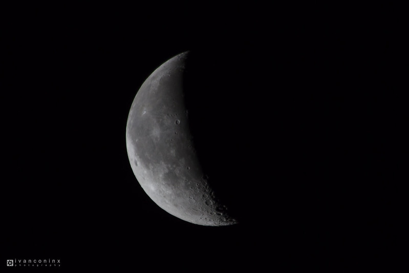 Moon – Mechelen – 2017 01 21 – 01 – Copyright © 2017 Ivan Coninx