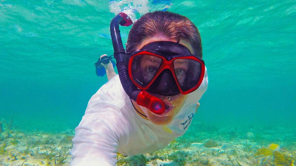 Imagini pentru snorkeling