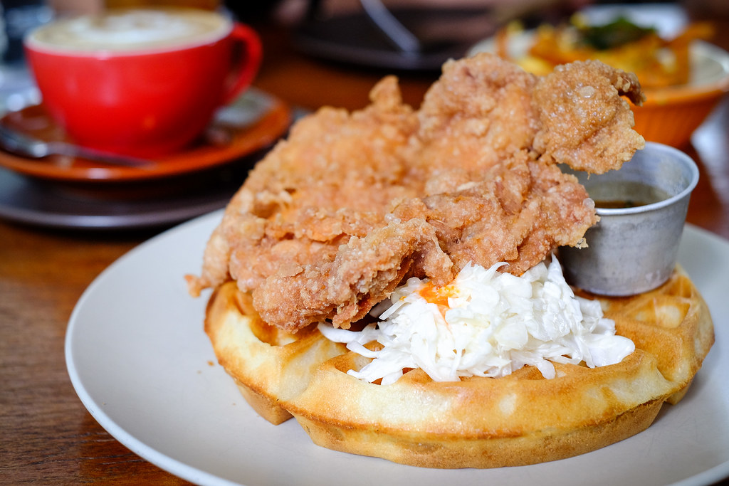Sin Lee Foods: Fried Chicken & Waffles