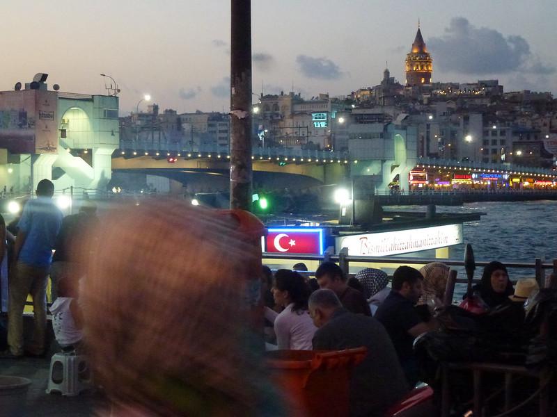 Turquie - jour 23 - Balades poétiques et visages stambouliotes - 176 - Eminönü