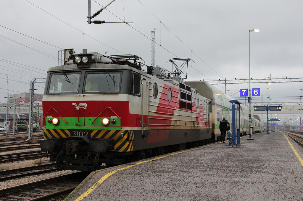 VR 3102, Turku, 21-11-16 | SR1 3102 after arriving at Turku … | Flickr