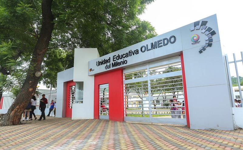 Inauguración UEM Olmedo Portoviejo