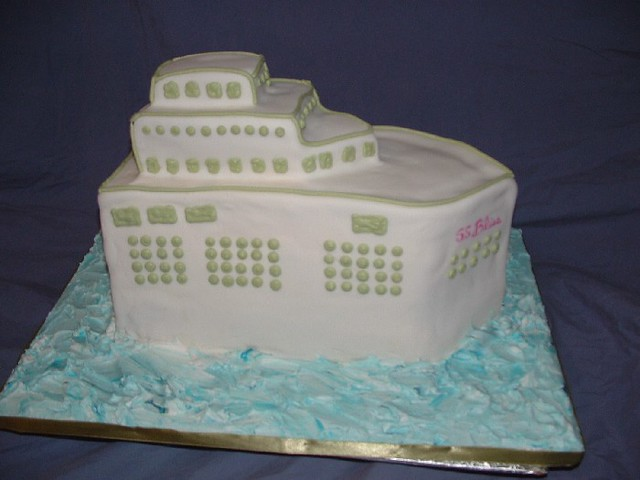 ship wedding cake cruise ship cake for a wedding reception this ship 19781