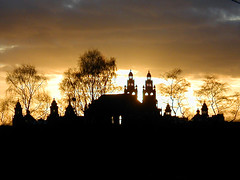 Kelvingrove sunset | by robbroccoli