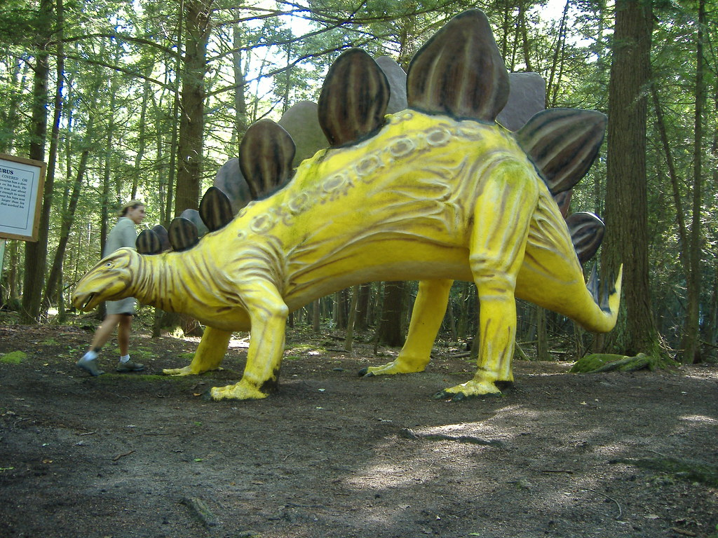 stegosaurus i don t think stegosauruses were really the sa flickr