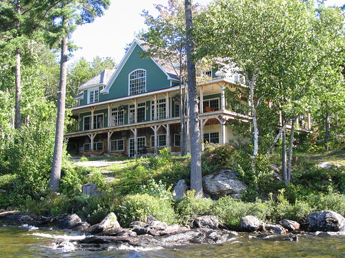 muskoka mansion | wow, i've never even seen a house this ...