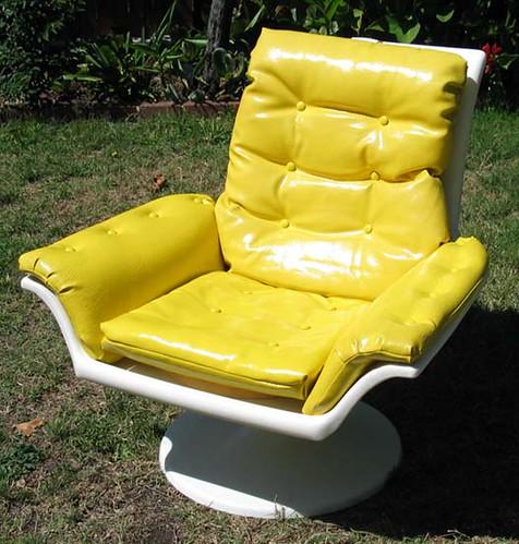 Molded Plastic Vinyl Swivel Lounge Chair Eames Era Phot