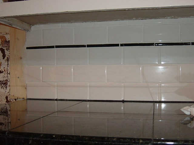 Almond Glazed Kitchen Cabinets