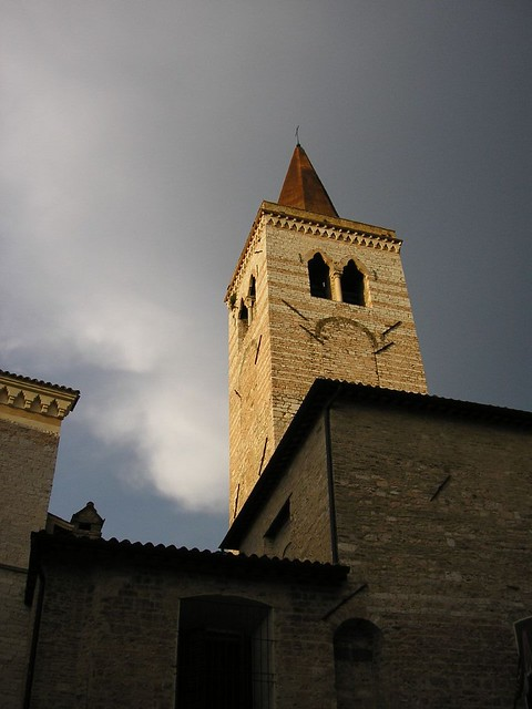 Campanile San Salvatore Villa Leumann