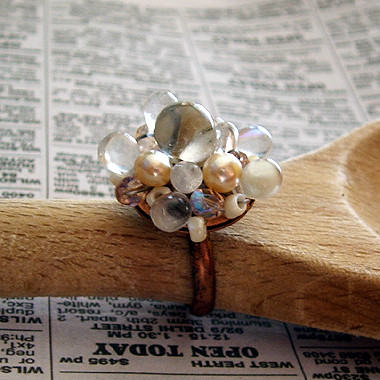 White Pearl Ring Online