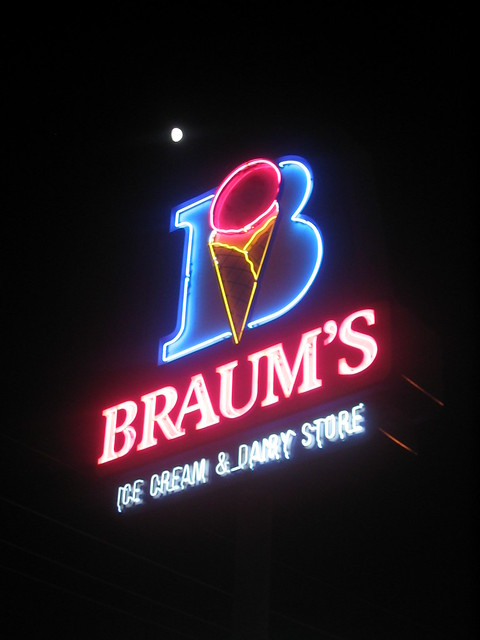 Braum S Ice Cream Burger Restaurant Seminole Ok