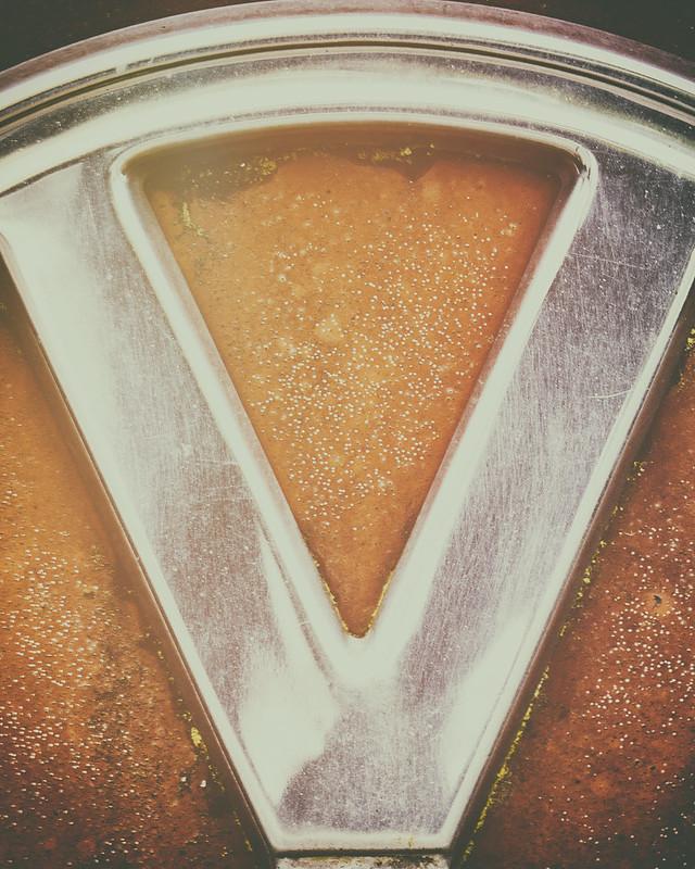 V(-W)