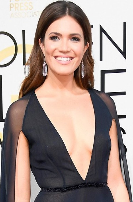 Mandy Moore Golden Globes