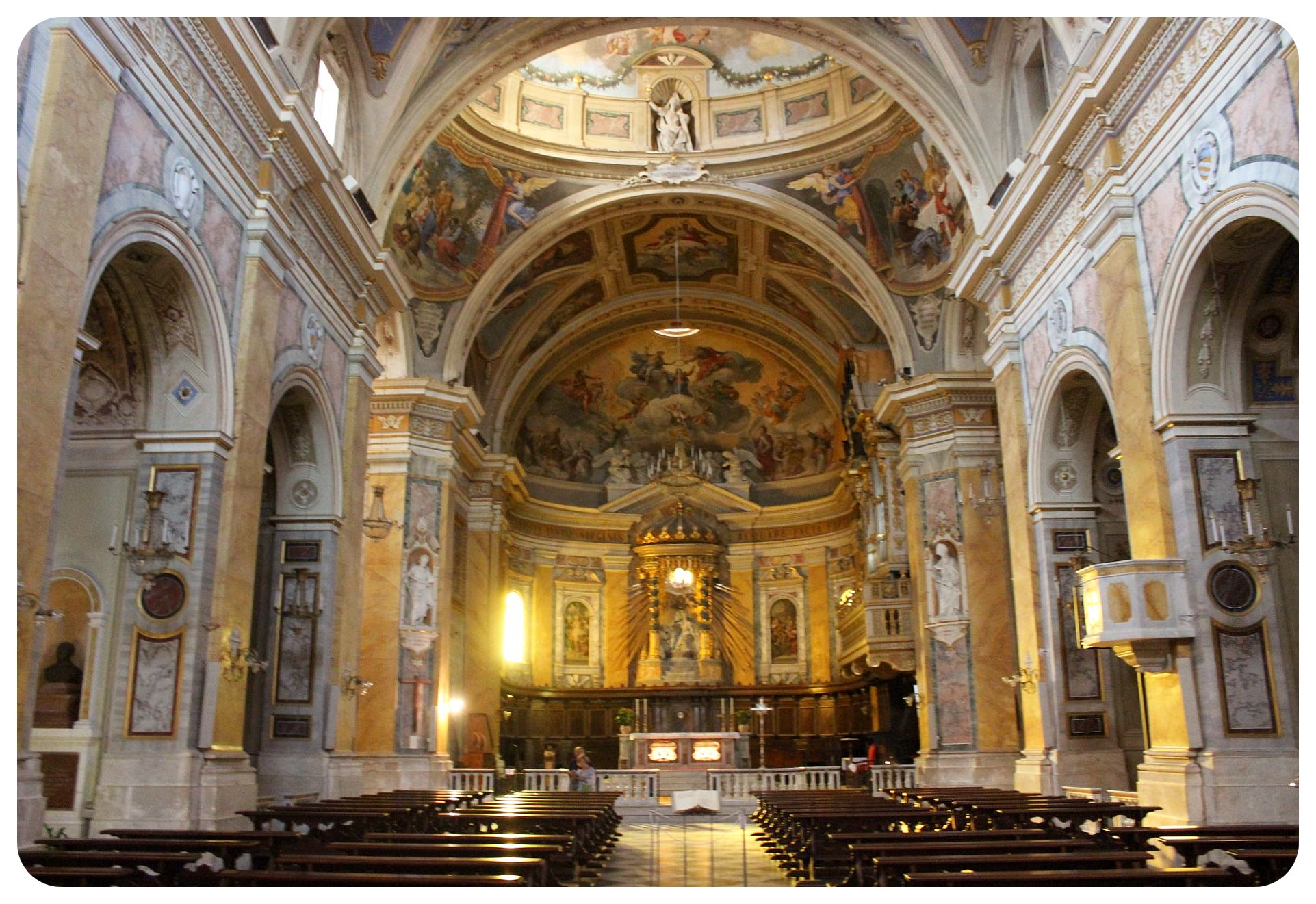 amelia church inside