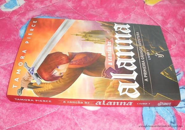 A canção de Alanna, a primeira grande aventura, Tamora Pierce, Única Editora, capa, comprar, resenha, trechos, quote, crítica, série