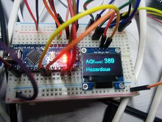 自作 PM2.5 PM10 計測器