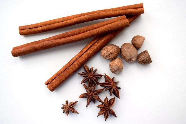 Whole Spices   www.rachelphipps.com @rachelphipps