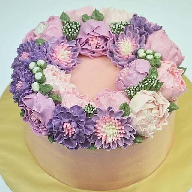 Purple Cake Tier Floers