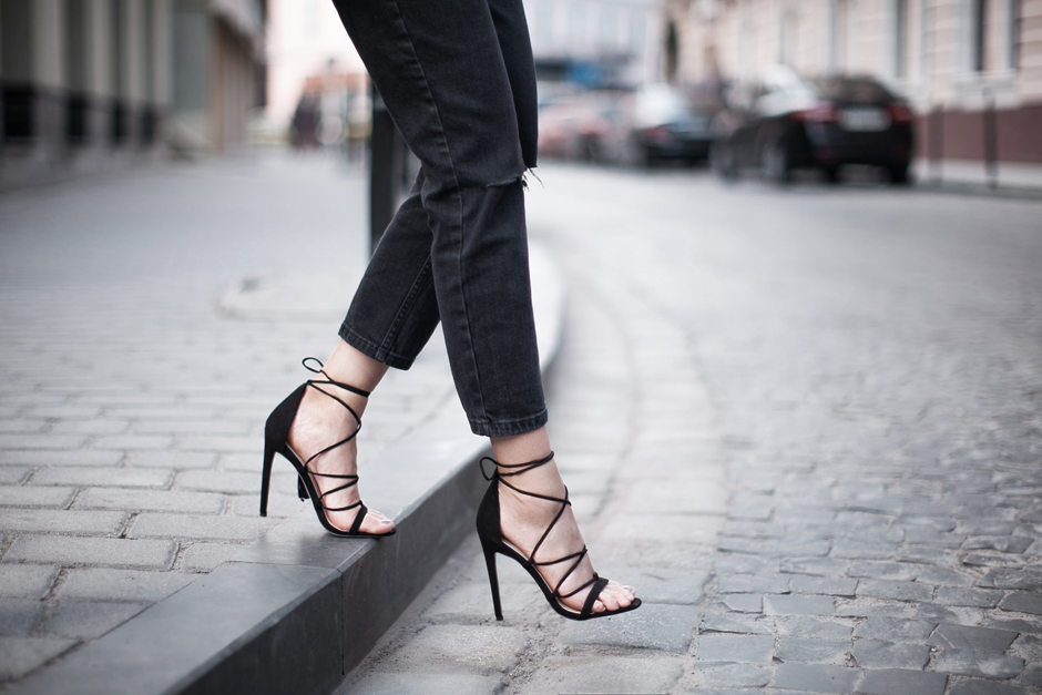 968cdae45993 lace-up-heels-asos-hindsight-outfit-blog