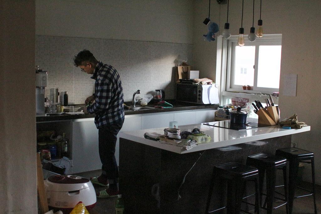 음식재료로 직접 요리해 먹을 수도 있는 부엌 등 실용적인 공간도 갖춰져있다