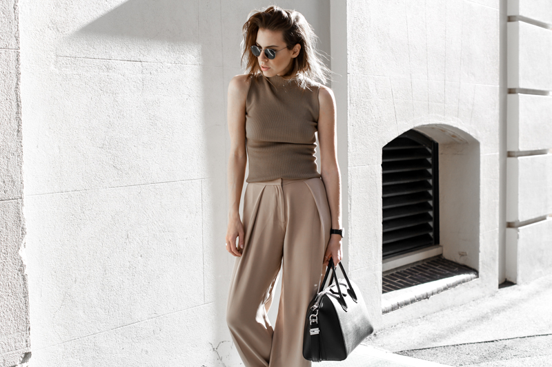 modern legacy, fasion blog, street style, neutral, tan, SABA, sneakers, Givenchy Antigona, wide leg pants, off duty (1 of 1)