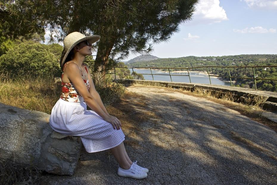 lara-vazquez-mad-lula-style-look-fashion-blog-moda-midi-skirt-summer-vibes-hat