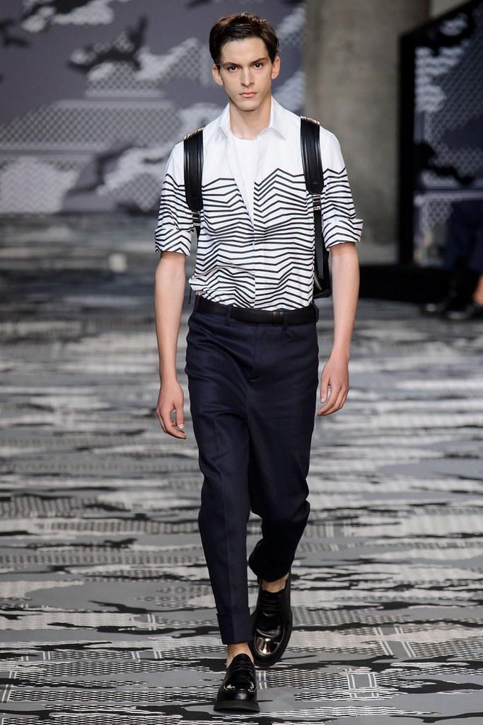 SS16 Milan Neil Barrett010_Ryan Hassaine(fashionising.com)