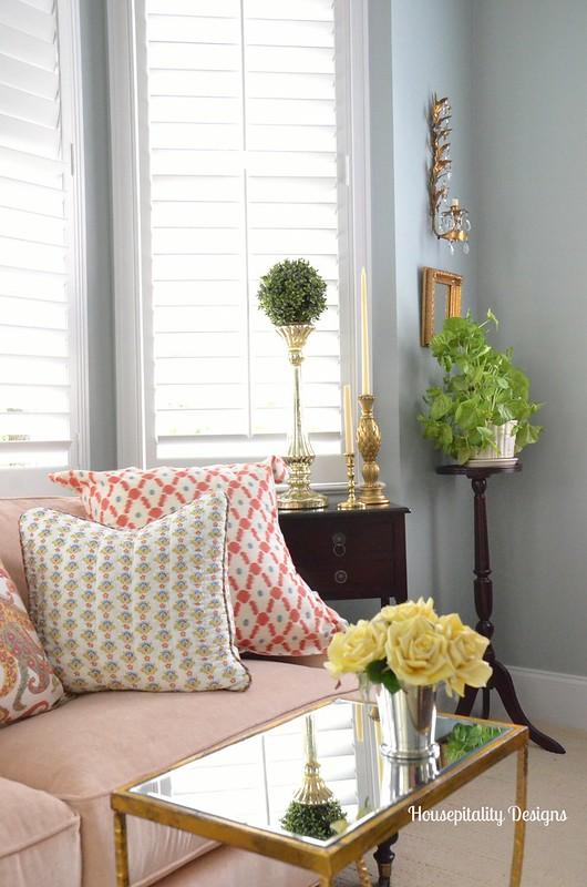 Master Bedroom Sitting Area-Housepitality Designs
