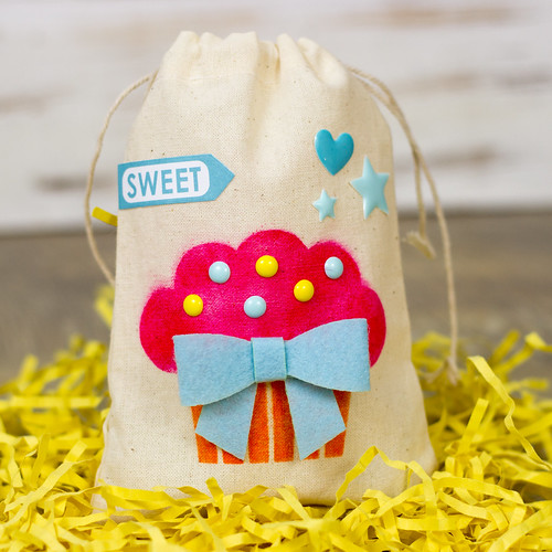corri_garza_sweet_canvas_bag