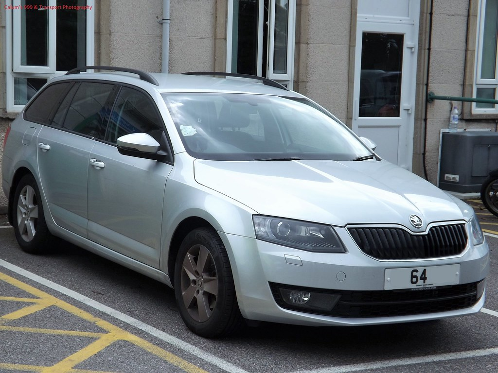 South East Coast Ambulance Service- new unmarked Skoda Oct… | Flickr