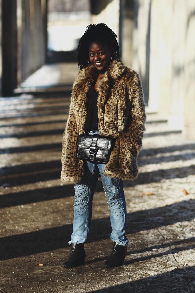 lois_opoku winter style leopard fur coat