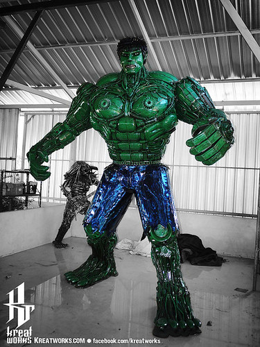 Dieselpunk recycled metal statues by Kreatworks - Incredible Hulk