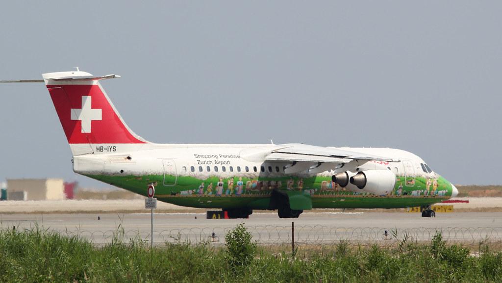 Aéroport Nice Côte d'Azur - LFMN/NCE Juillet 2015   18751233073_0c5ee03968_b
