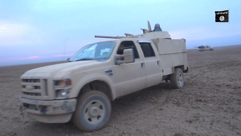 BMP1-turret-truck-igil-syria-c2016-spz-1