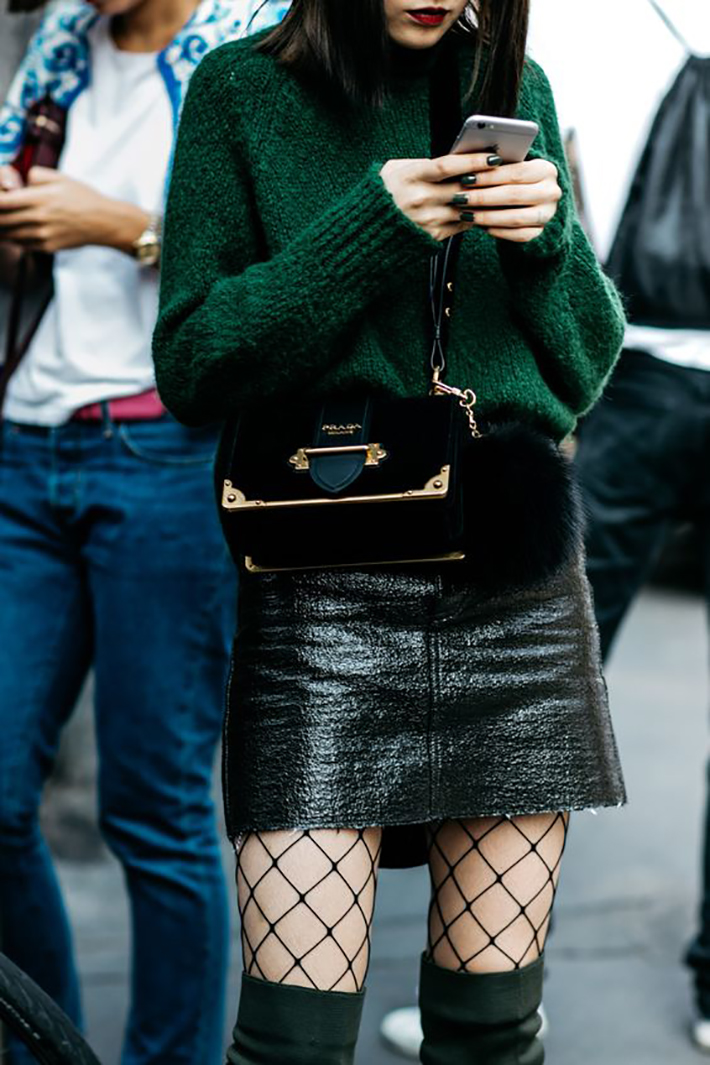 fishnet tights oufit accessories style street style fashion trend10