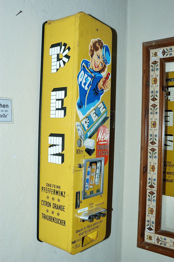 pez machine