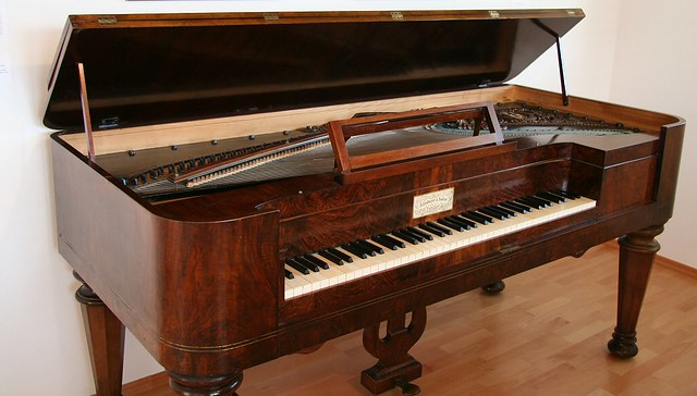 Table Piano Schubert Museum | A Piano Of Schubertu0027s Time, Whu2026 | Flickr