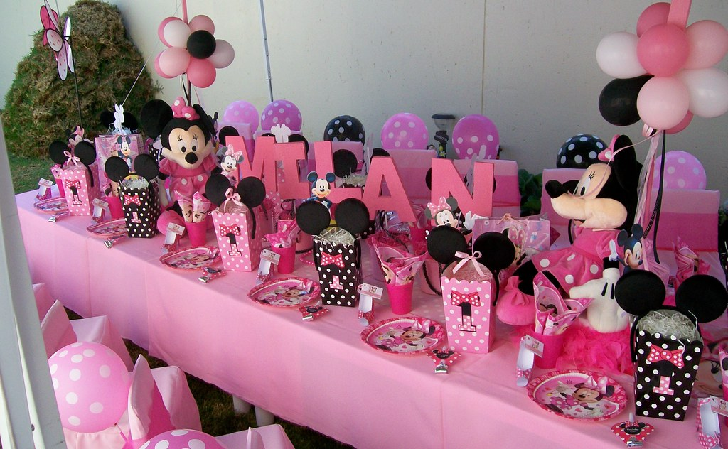 Minnie Mouse 1st Birthday Party Treasures and Tiaras Kids Parties